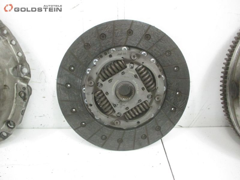 Schwungrad Kupplungssatz KupplungAUDI A4 AVANT (8ED, B7) 2.0 TDI 16V
