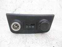Anzünder Zigaretten USB Anschluss AUX<br>HYUNDAI I30 CW (FD) 1.6 CRDI